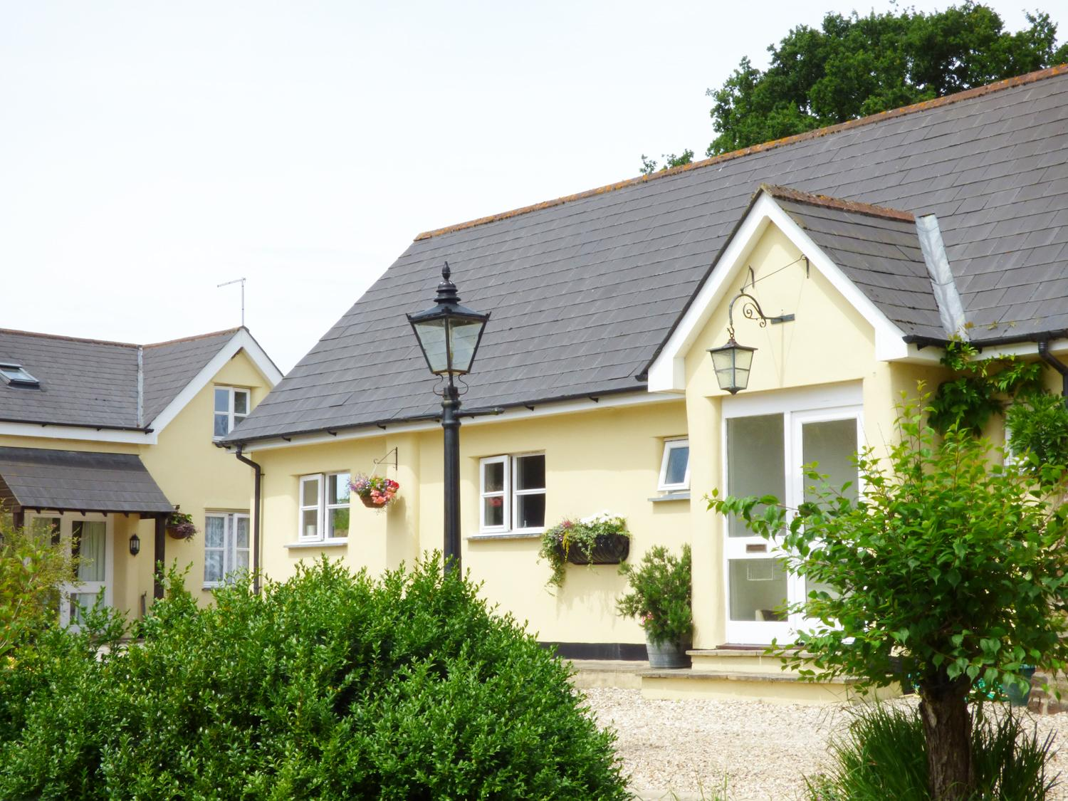 Holiday Cottage Reviews for The Old Dairy - Holiday Cottage in Broadwoodkelly, Devon