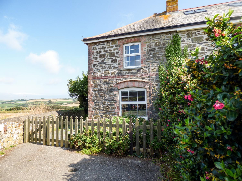 2 Menefreda Cottages