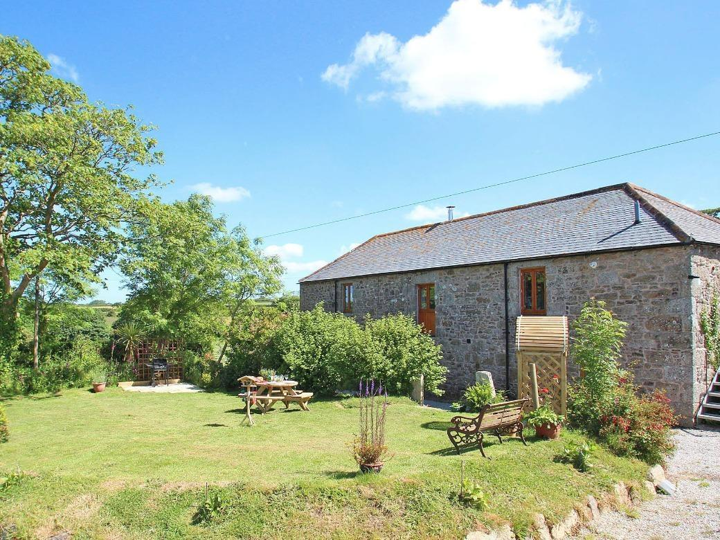 Holiday Cottage Reviews for Mill - Holiday Cottage in Porthleven, Cornwall inc Scilly