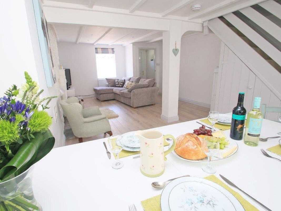 Holiday Cottage Reviews for Riversdale Cottage - Holiday Cottage in Wadebridge, Cornwall inc Scilly
