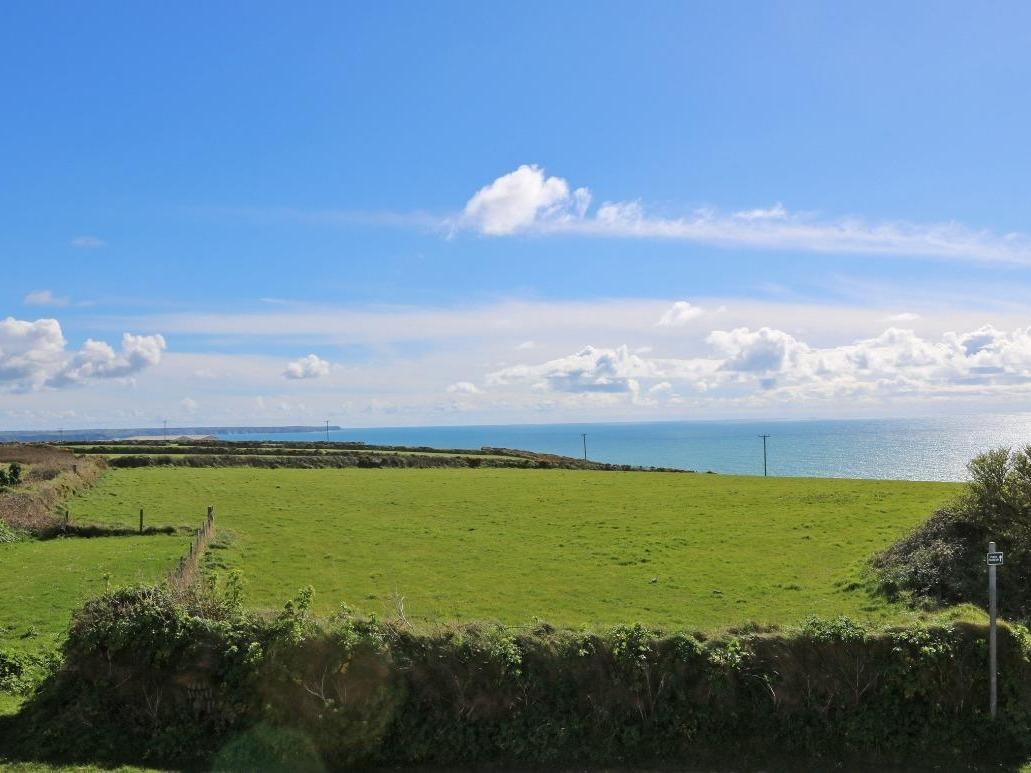 Holiday Cottage Reviews for Covva - Holiday Cottage in Helston, Cornwall inc Scilly