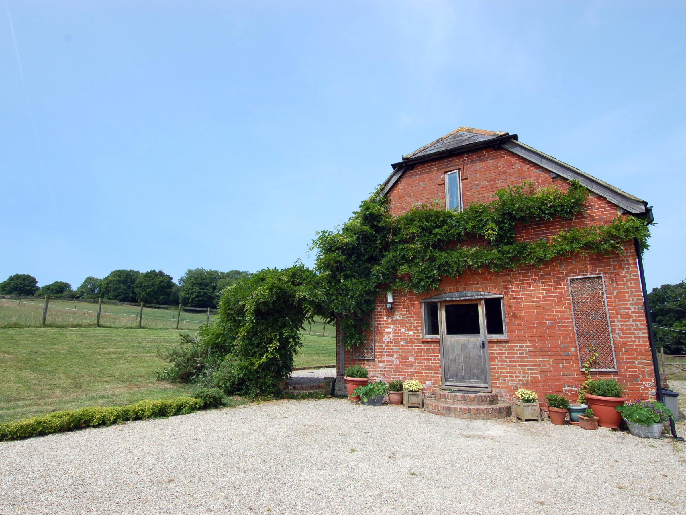 Holiday Cottage Reviews for Breaches Barn - Holiday Cottage in Rockbourne, Hampshire