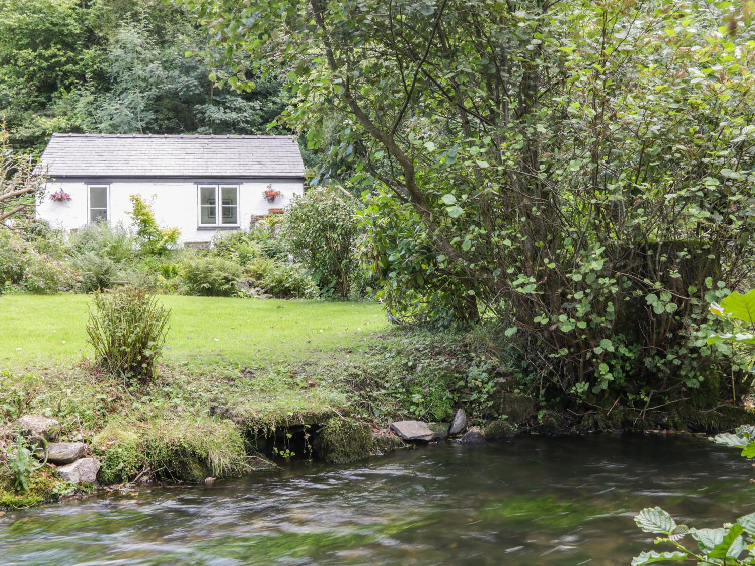 Holiday Cottage Reviews for Little Pandy Cottage - Holiday Cottage in Afonwen, Flintshire