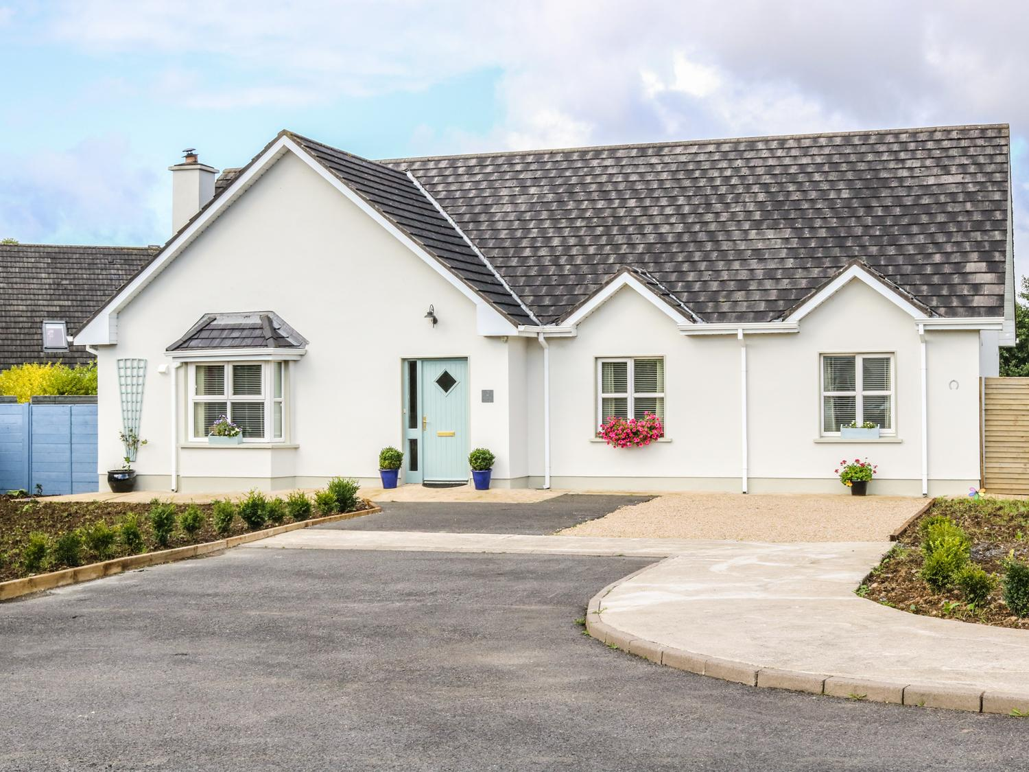 Holiday Cottage Reviews for 2 Castle Cove - Holiday Cottage in Dromahair, Leitrim