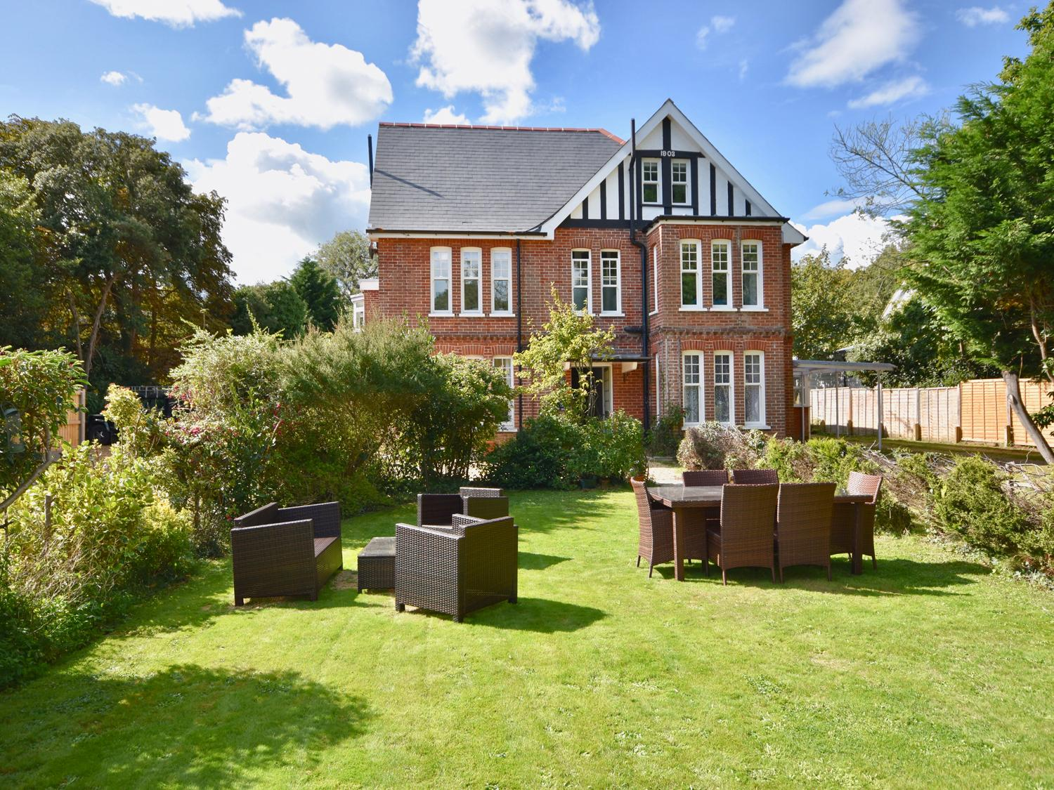 Holiday Cottage Reviews for 4 The Nab House - Holiday Cottage in Bembridge, Isle of Wight