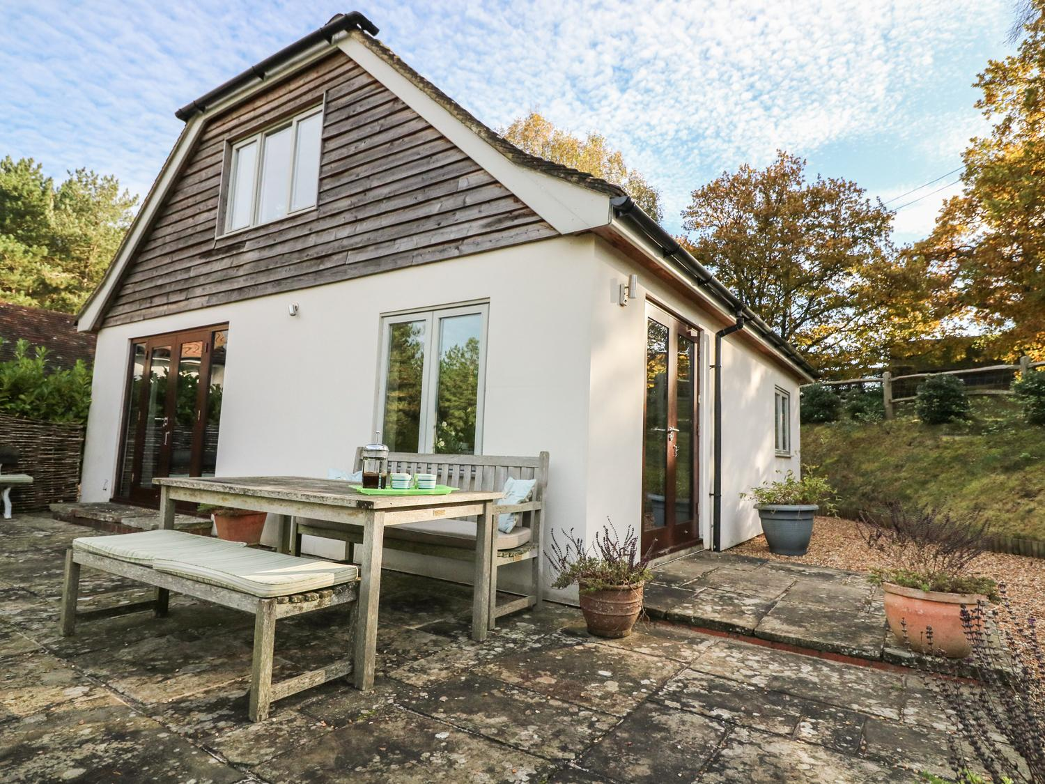 Holiday Cottage Reviews for Long Meadow - Holiday Cottage in Midhurst, West Sussex