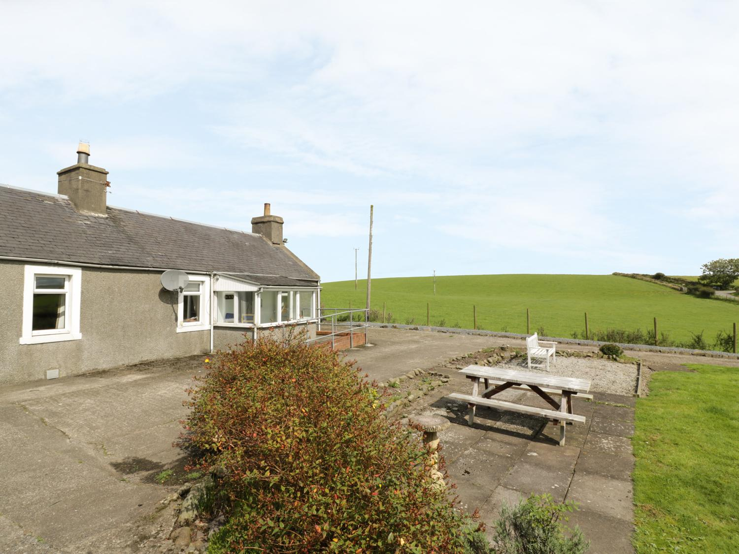3 Kirminnoch Cottages