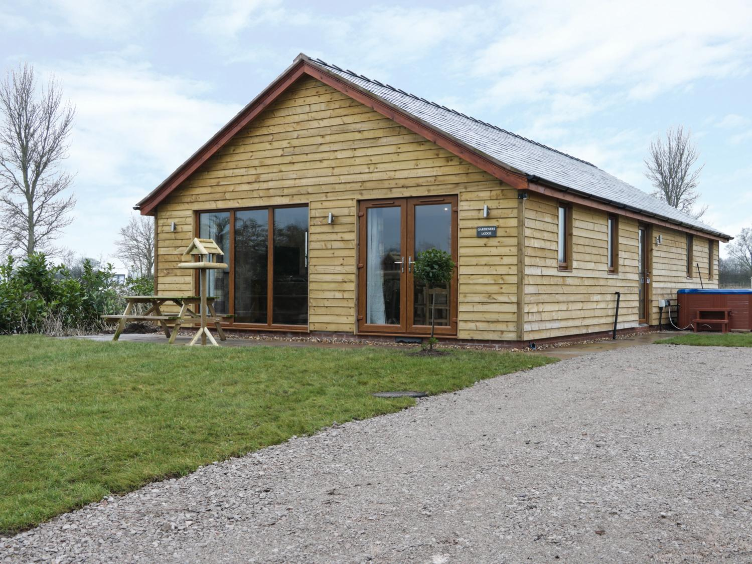 Holiday Cottage Reviews for Gardener's Lodge - Holiday Cottage in Nantwich, Cheshire
