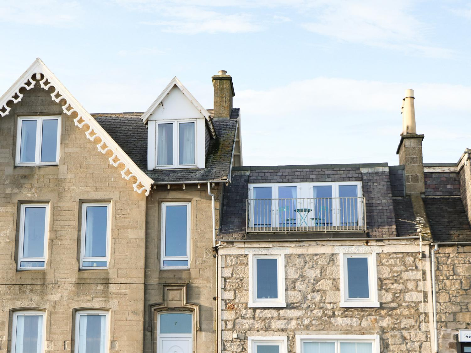 Holiday Cottage Reviews for Seascape - Holiday Cottage in Lossiemouth, Moray