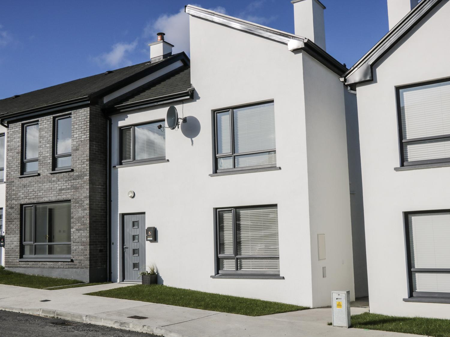 Holiday Cottage Reviews for 7 Cnoc na Ri - Holiday Cottage in Ballysadare, Sligo
