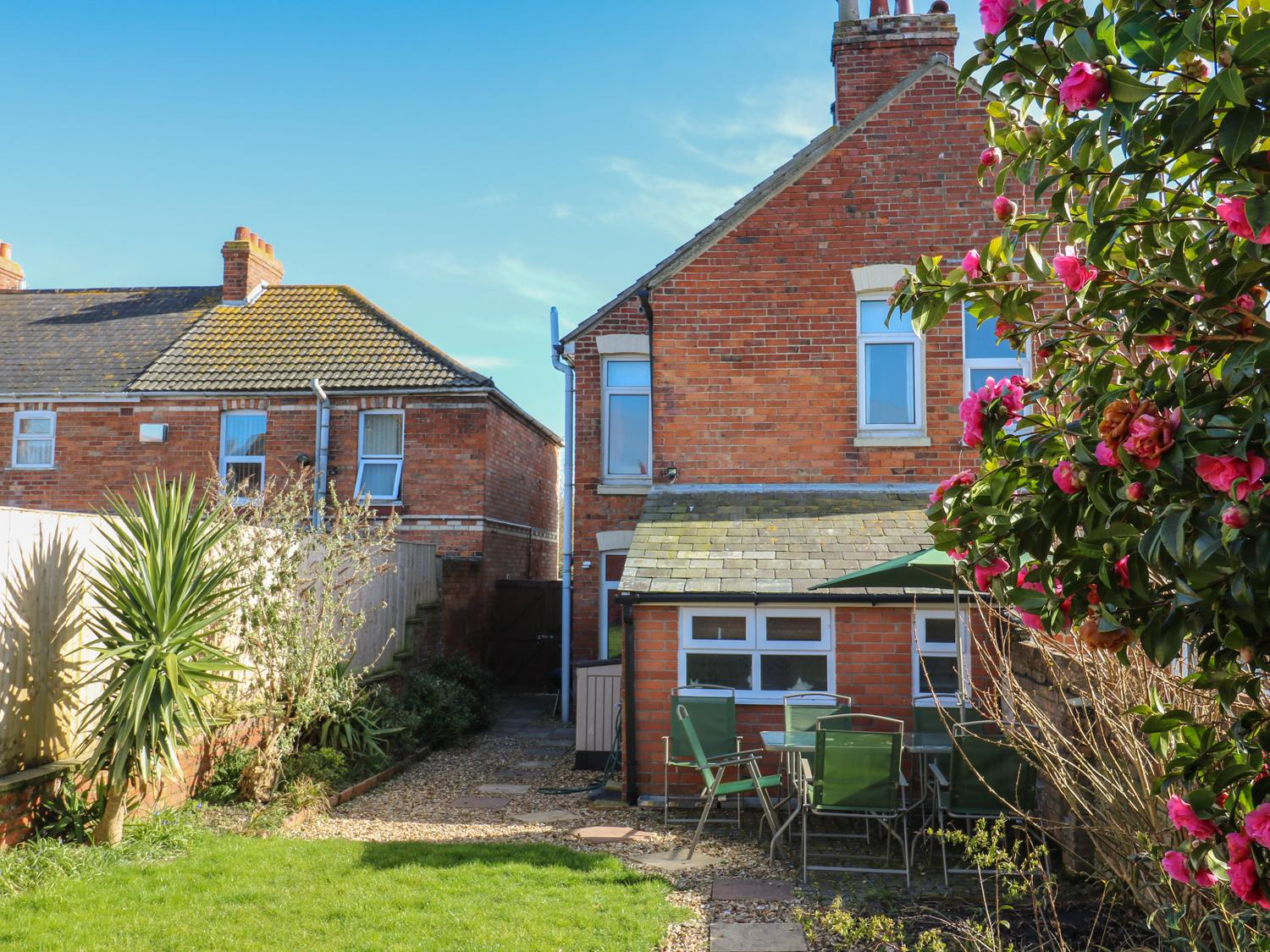 Holiday Cottage Reviews for Acacia House - Self Catering Property in Weymouth, Dorset