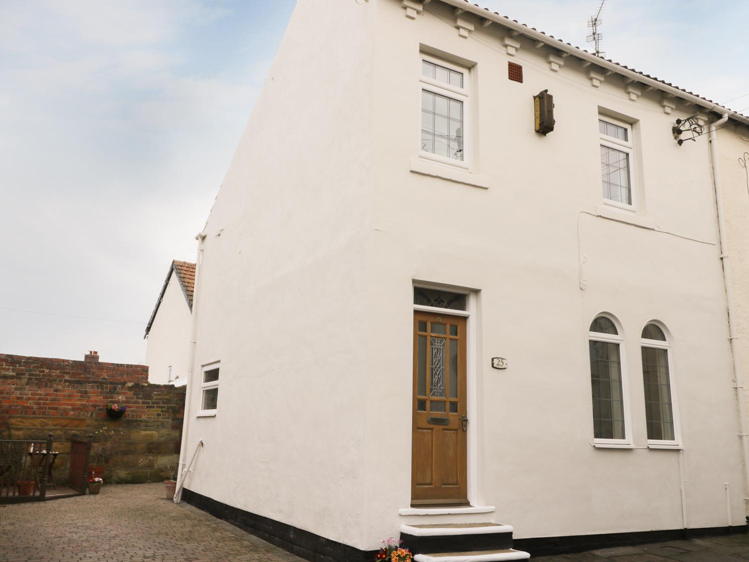 Holiday Cottage Reviews for Sands End Cottage - Holiday Cottage in Marske-by-the-sea, North Yorkshire