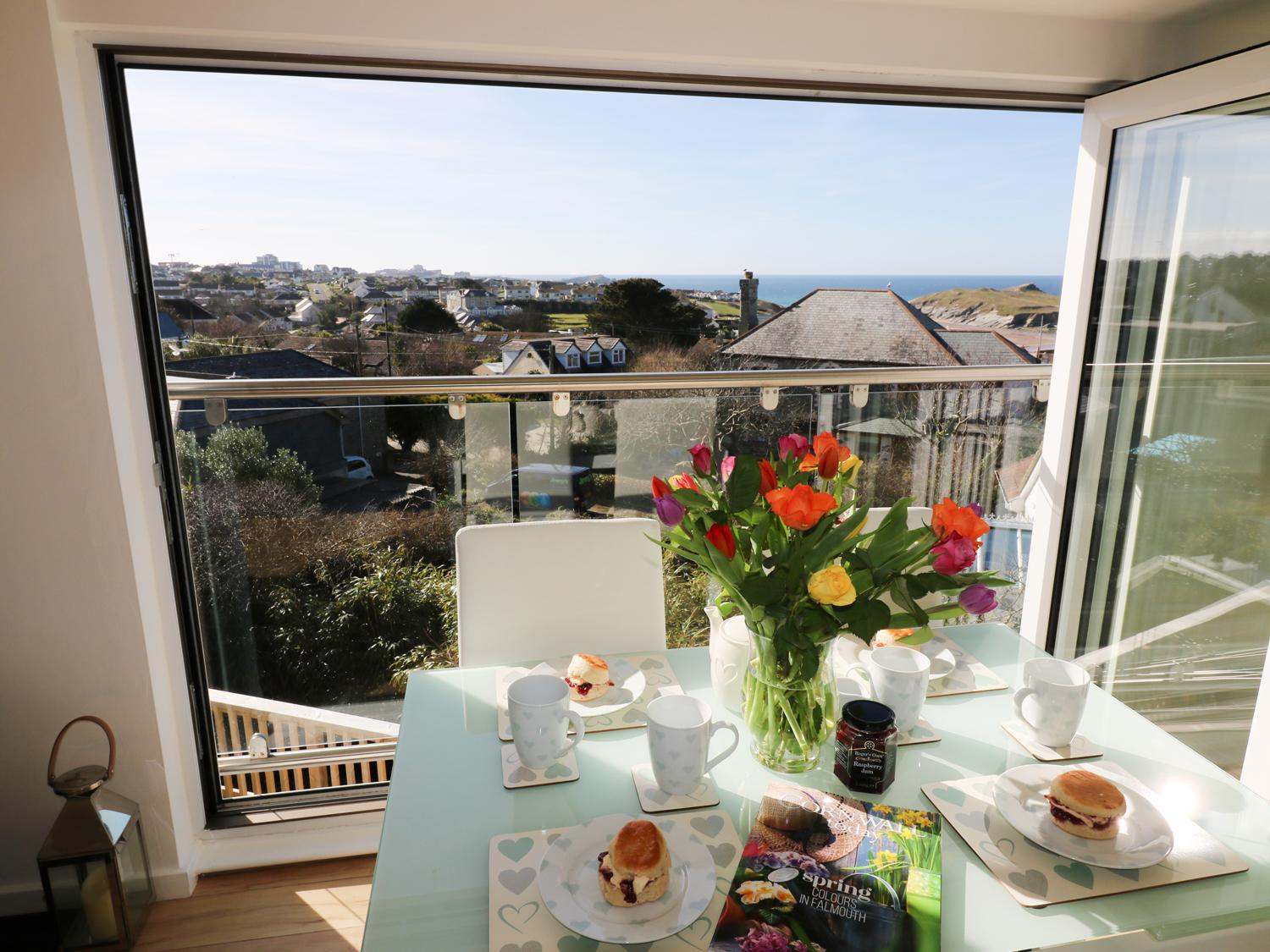 Holiday Cottage Reviews for Sunset View - Holiday Cottage in Newquay, Cornwall inc Scilly