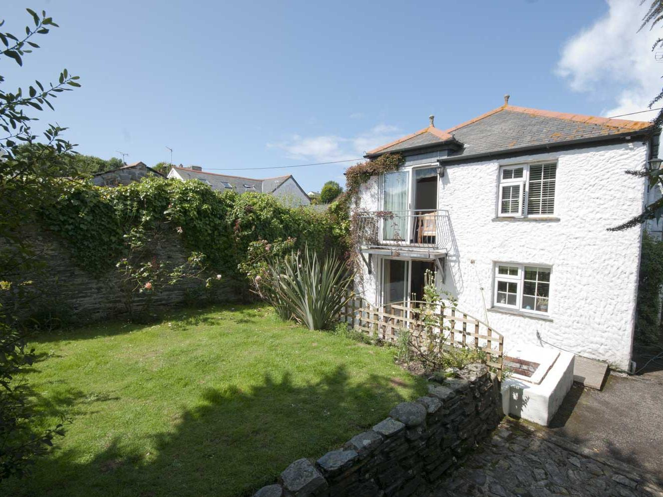 Holiday Cottage Reviews for Rosemaddon - Holiday Cottage in Crantock, Cornwall inc Scilly