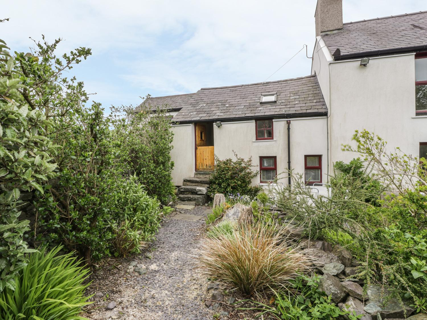 Holiday Cottage Reviews for Beddycor Bach - Holiday Cottage in Caergeiliog, Isle of Anglesey
