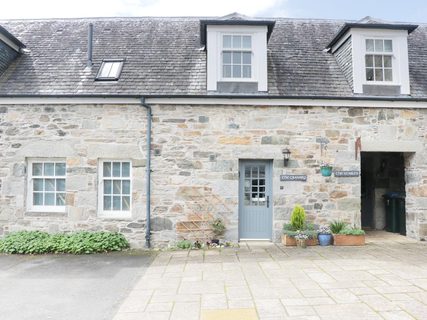 Holiday Cottage Reviews for The Granary - Holiday Cottage in Aberfeldy, Perth and Kinross