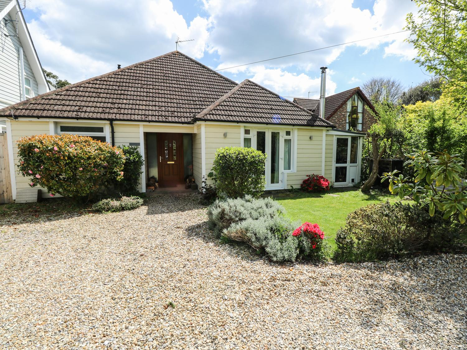 Holiday Cottage Reviews for Woodpeckers Halt - Holiday Cottage in Bembridge, Isle of Wight