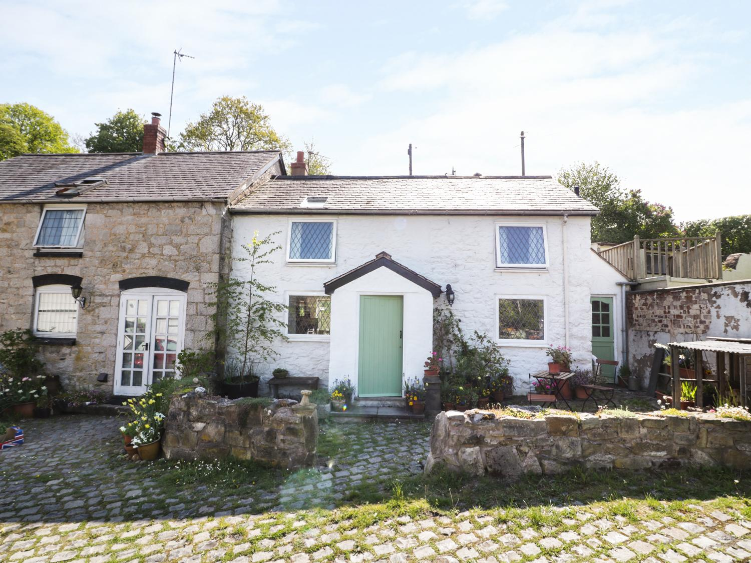 Holiday Cottage Reviews for Bwythyn y Felin - Holiday Cottage in Nannerch, Flintshire