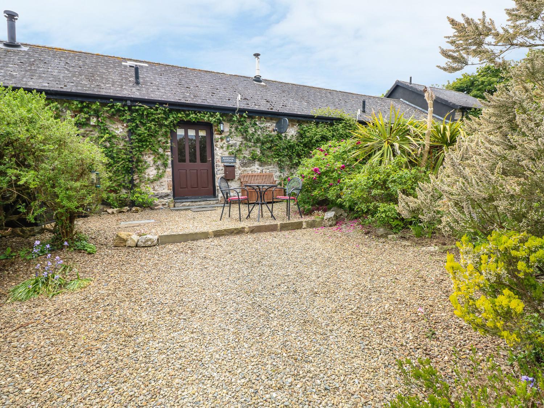 4 Rogeston Cottages