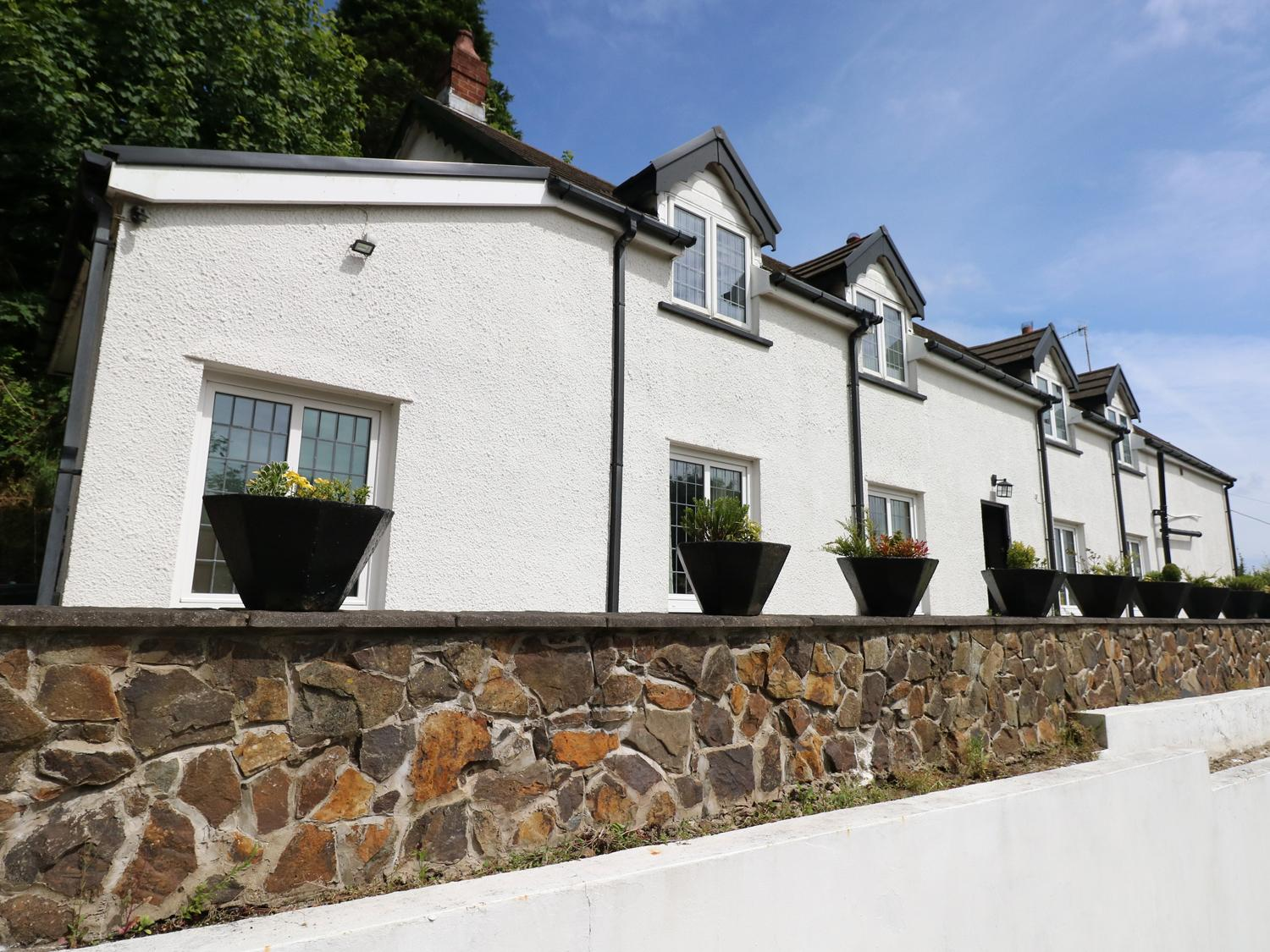 Holiday Cottage Reviews for Blaen Y Cwm - Holiday Cottage in Burry Port, Carmarthenshire