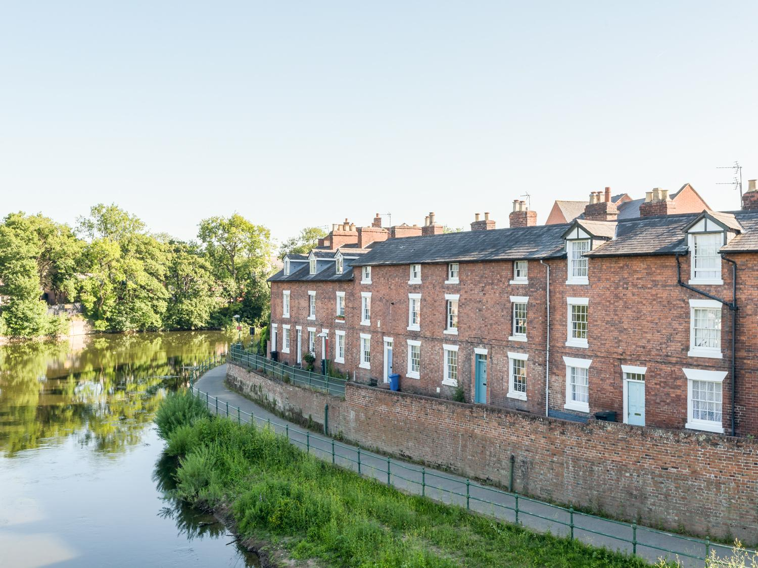 Holiday Cottage Reviews for Marine Terrace - Cottage Holiday in Shrewsbury, Shropshire