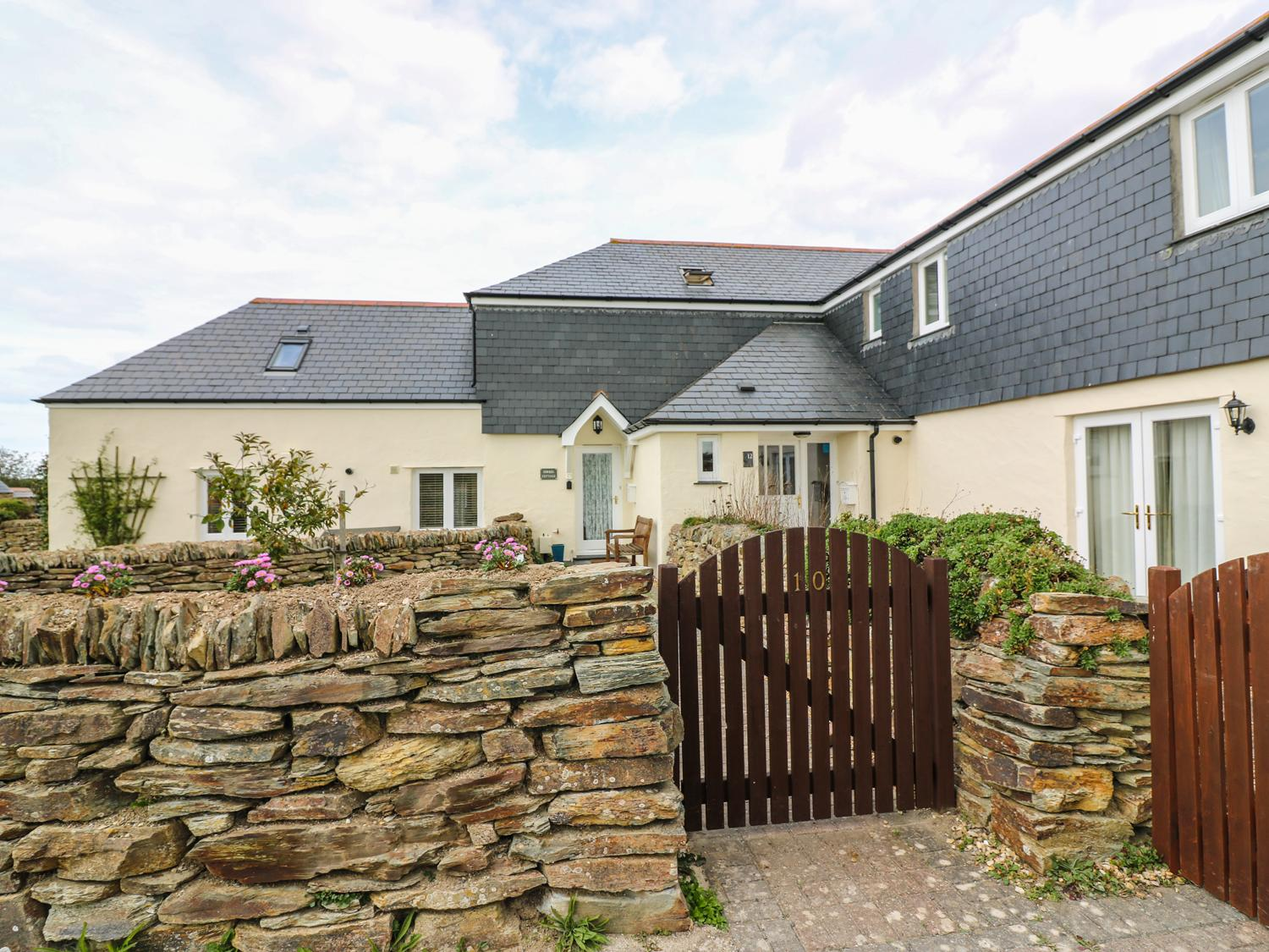 Holiday Cottage Reviews for Sorrel Cottage - Holiday Cottage in Padstow, Cornwall inc Scilly
