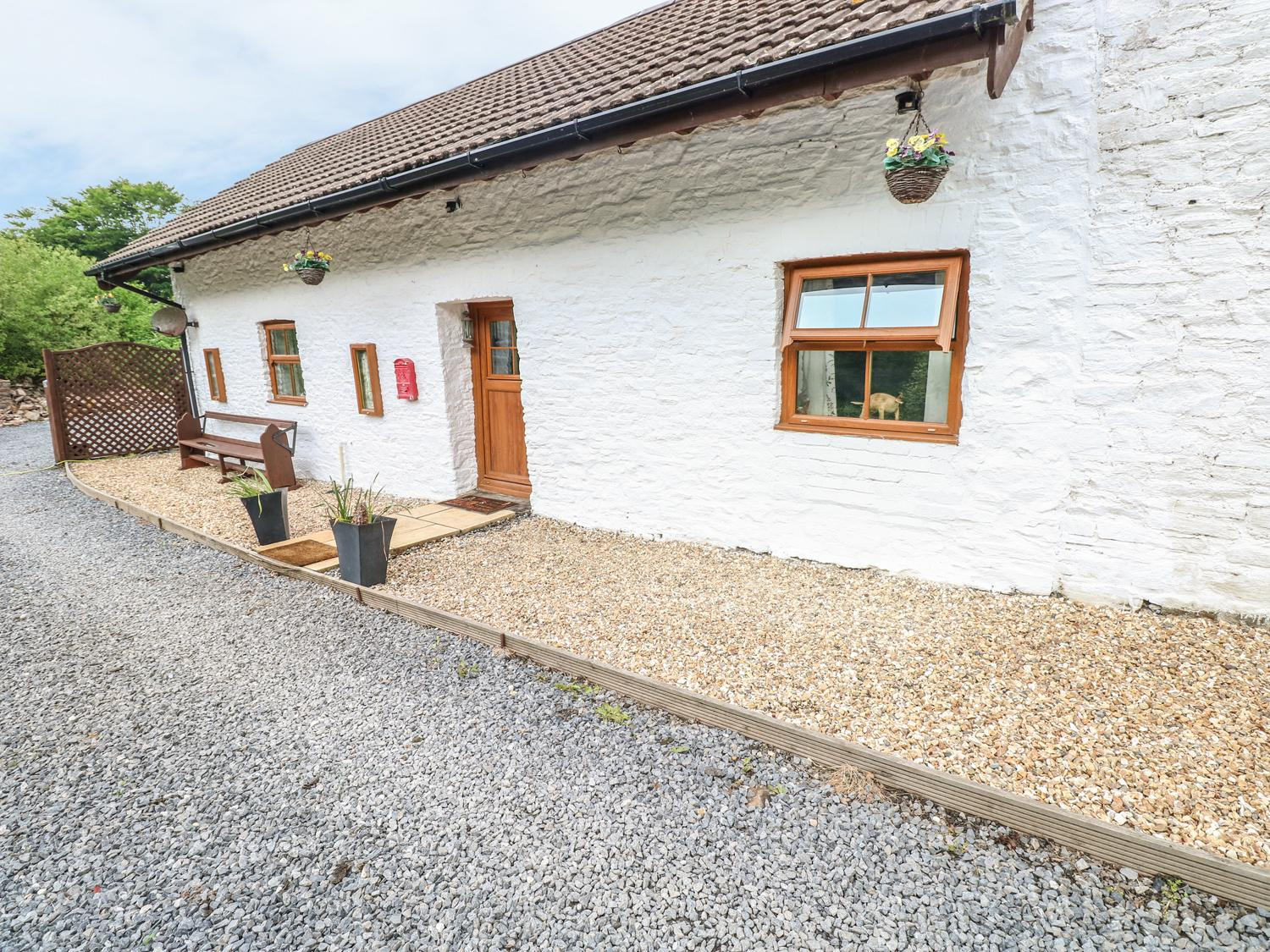 Holiday Cottage Reviews for Bryndias - Holiday Cottage in Pembrey, Carmarthenshire