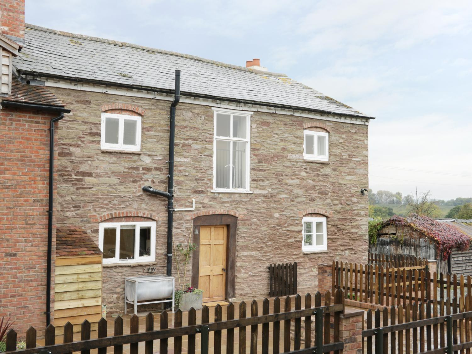 Holiday Cottage Reviews for The Farmhouse - Holiday Cottage in Leominster, Herefordshire