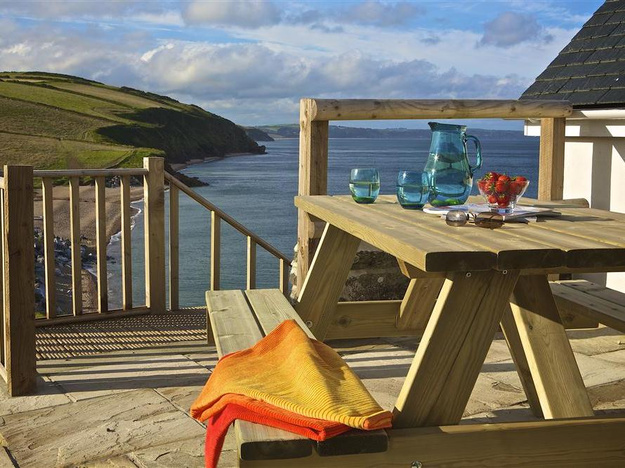 Holiday Cottage Reviews for 1 The Coach House - Holiday Cottage in Hallsands, Devon