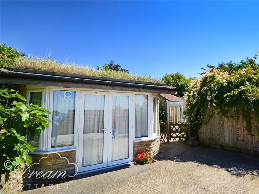 Holiday Cottage Reviews for Mimosa Cottage - Holiday Cottage in Weymouth, Dorset