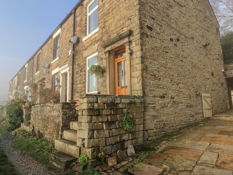 7 Bank Cottages