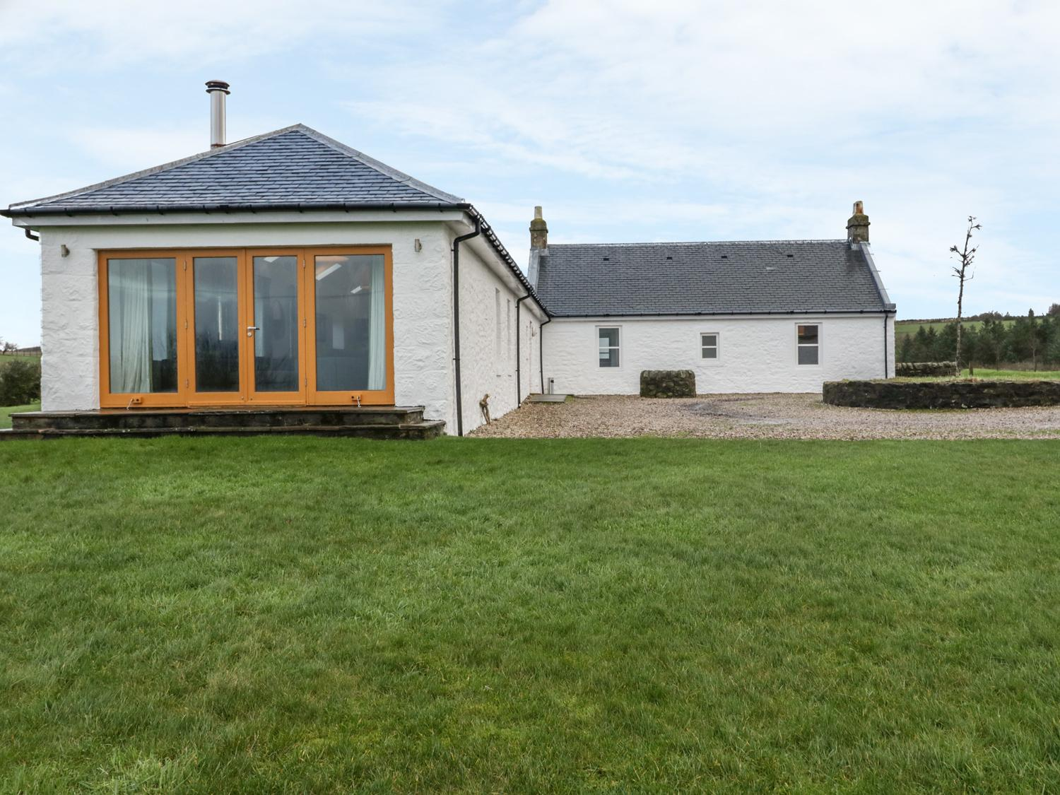 Holiday Cottage Reviews for Nether Stravannan North - Self Catering in Isle Of Bute, Argyll and Bute