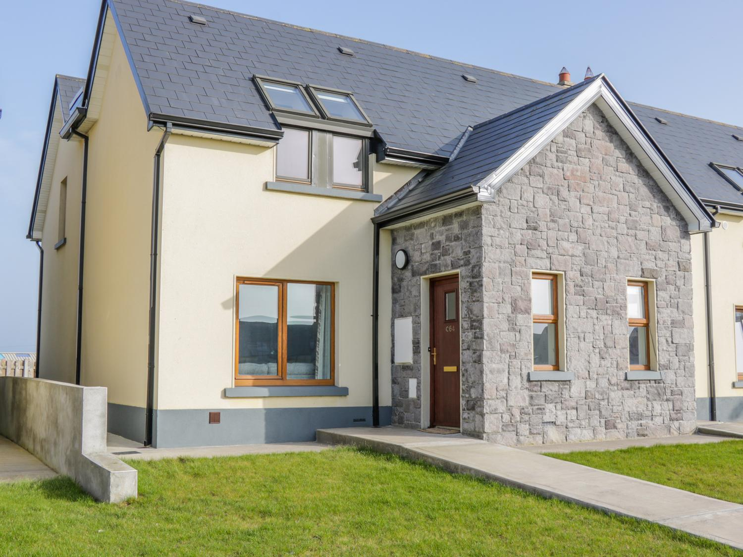 Holiday Cottage Reviews for C64 Cahermore Holiday Village - Holiday Cottage in Enniscrone, Sligo