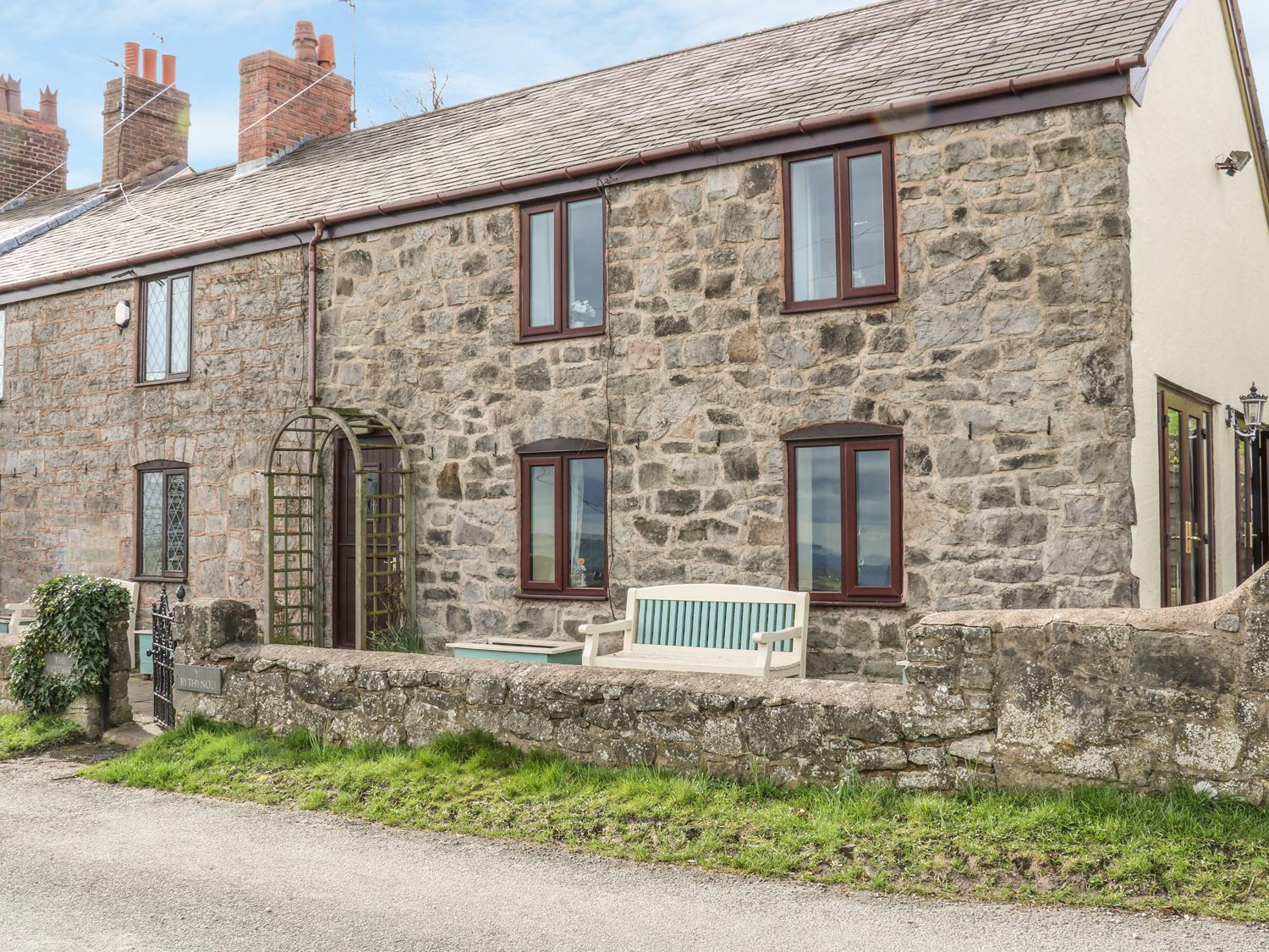 Holiday Cottage Reviews for 1 The Cottage - Holiday Cottage in Mold, Flintshire