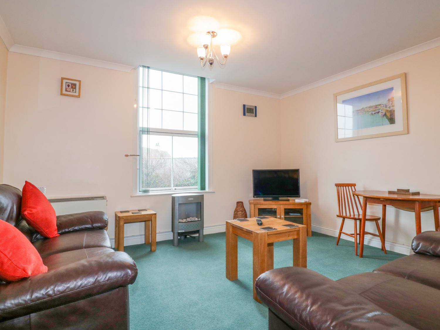 Holiday Cottage Reviews for Yellow Sands Apartment 5 - Holiday Cottage in Padstow, Cornwall Inc Scilly