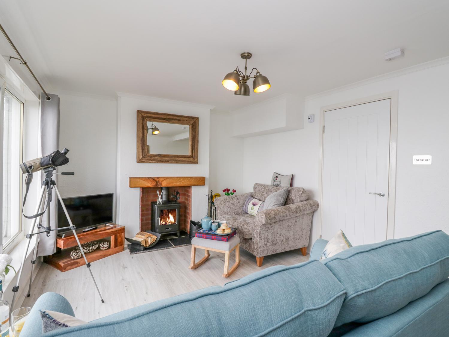 Holiday Cottage Reviews for Pier View - Holiday Cottage in Dunoon, Argyll and Bute