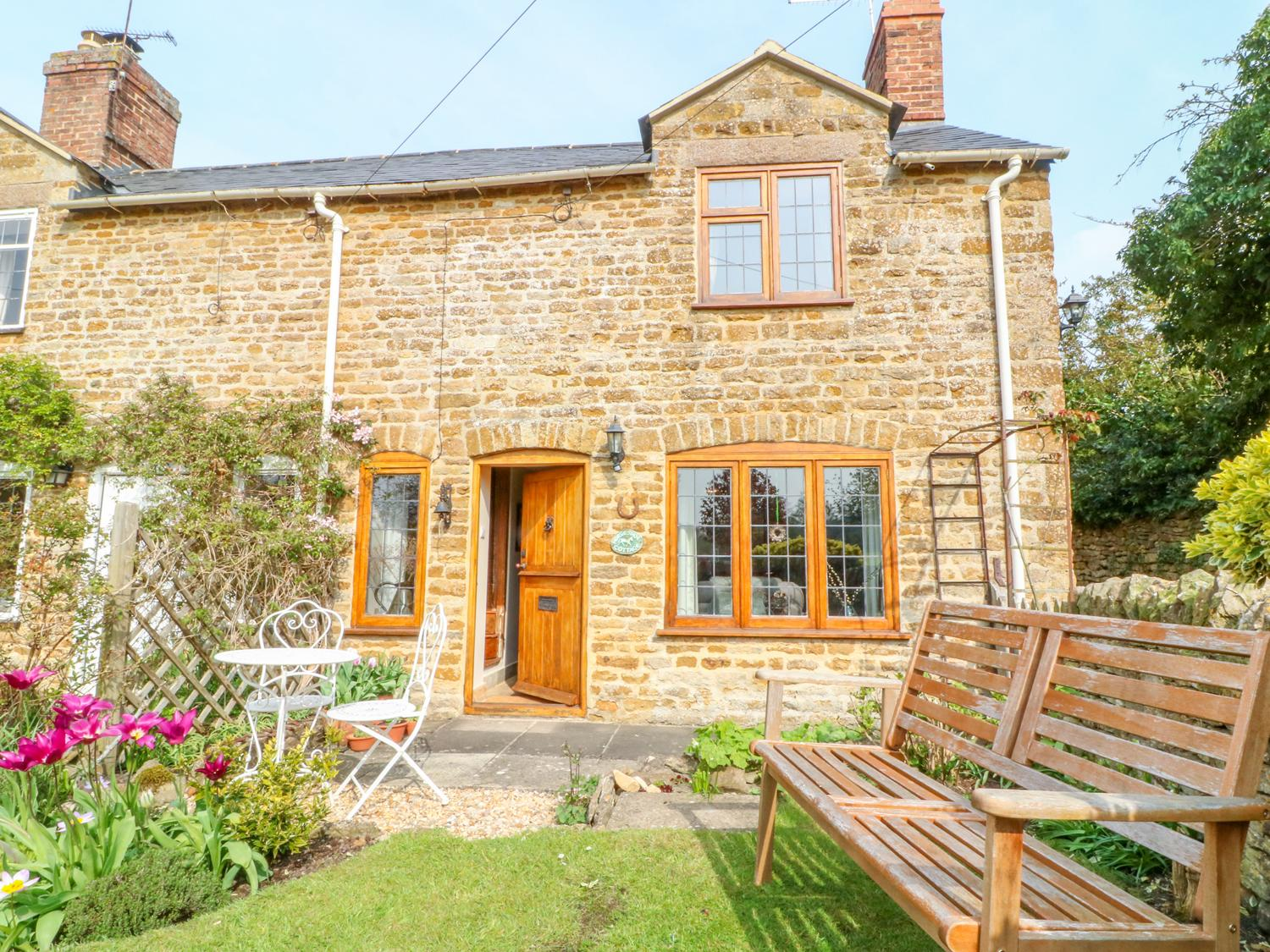 Holiday Cottage Reviews for Horseshoe Cottage - Holiday Cottage in Stratford Upon Avon, Warwickshire