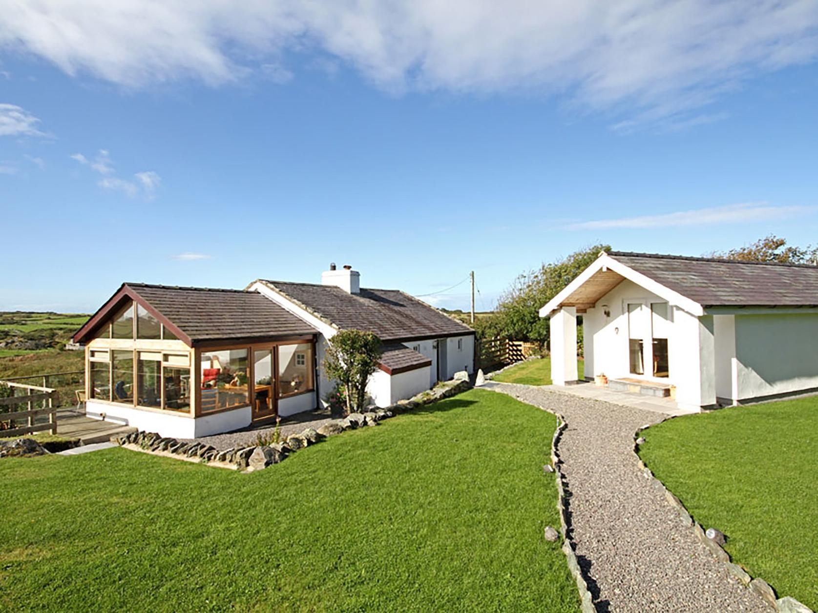 Tymynydd Cottage