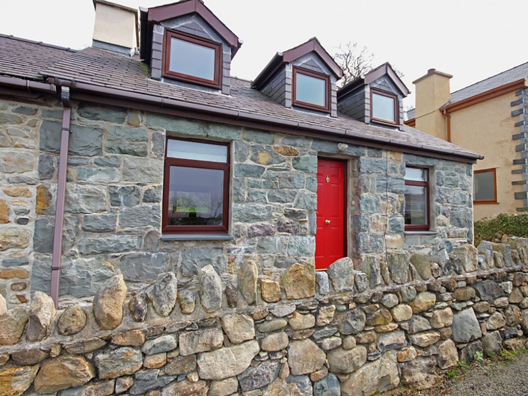 Holiday Cottage Reviews for Wernas - Holiday Cottage in Porthmadog, Gwynedd