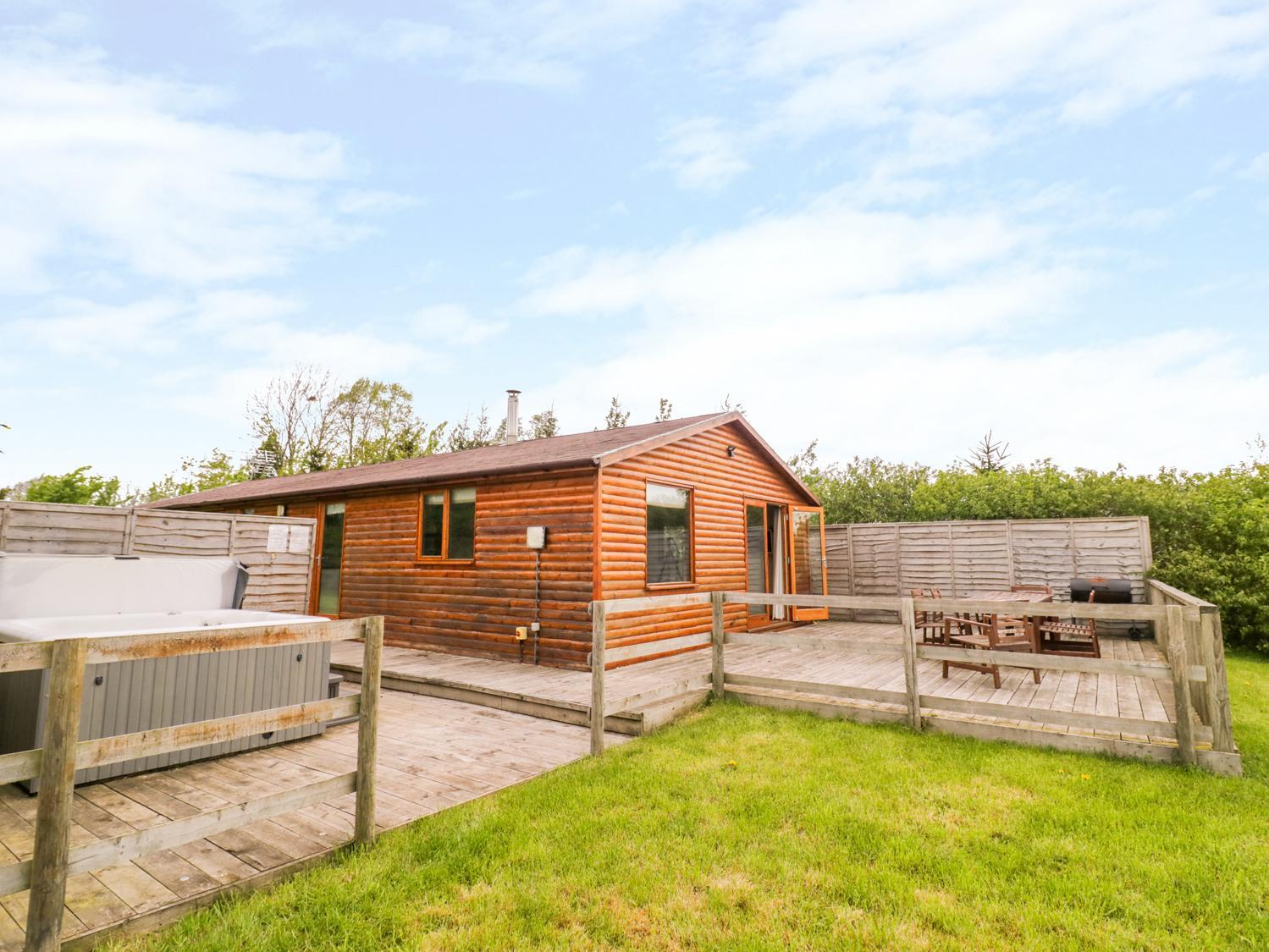Log Cabin at Furlongs Farm