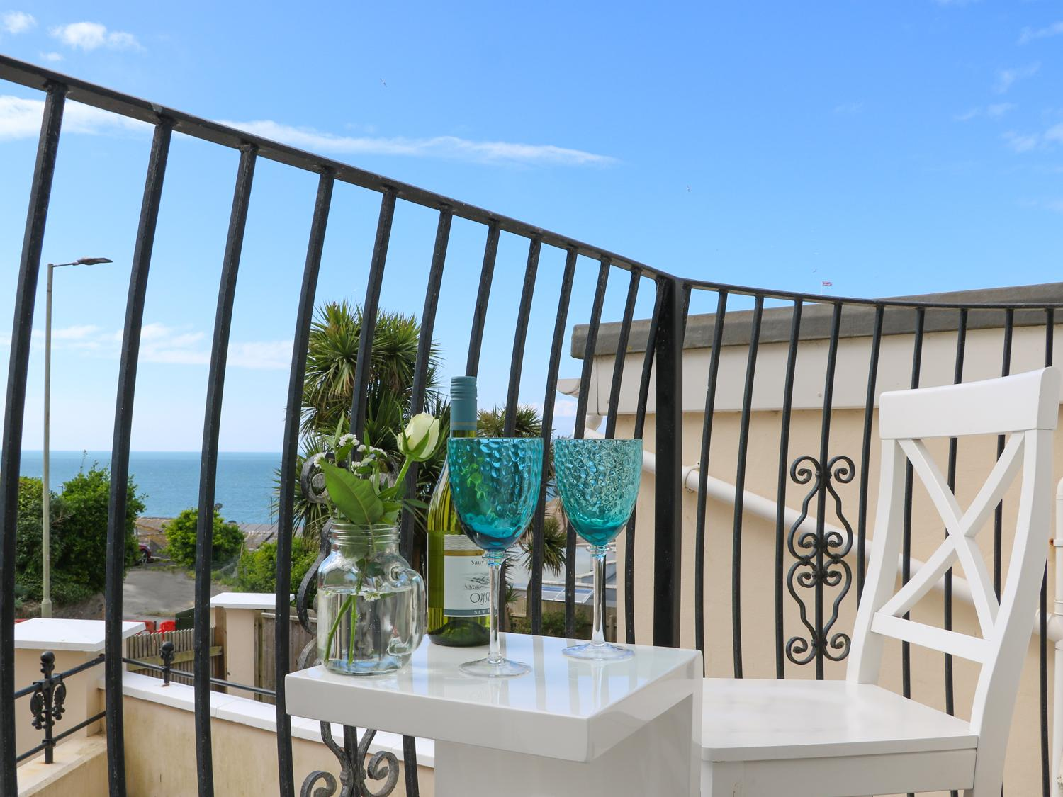 Holiday Cottage Reviews for 10 Cove View - Holiday Cottage in Ilfracombe, Devon