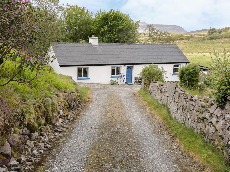 Cnocmor Cottage