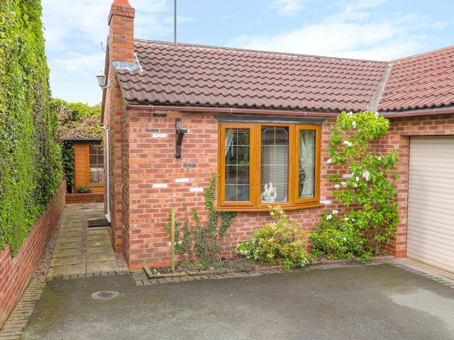 Holiday Cottage Reviews for Bramble Grange - Self Catering in Swadlincote, Derbyshire