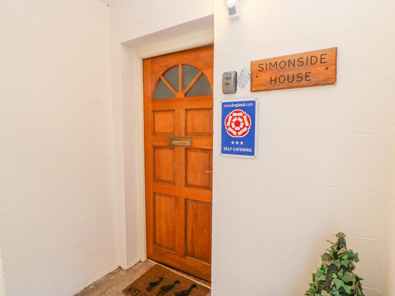 Simonside Apartment