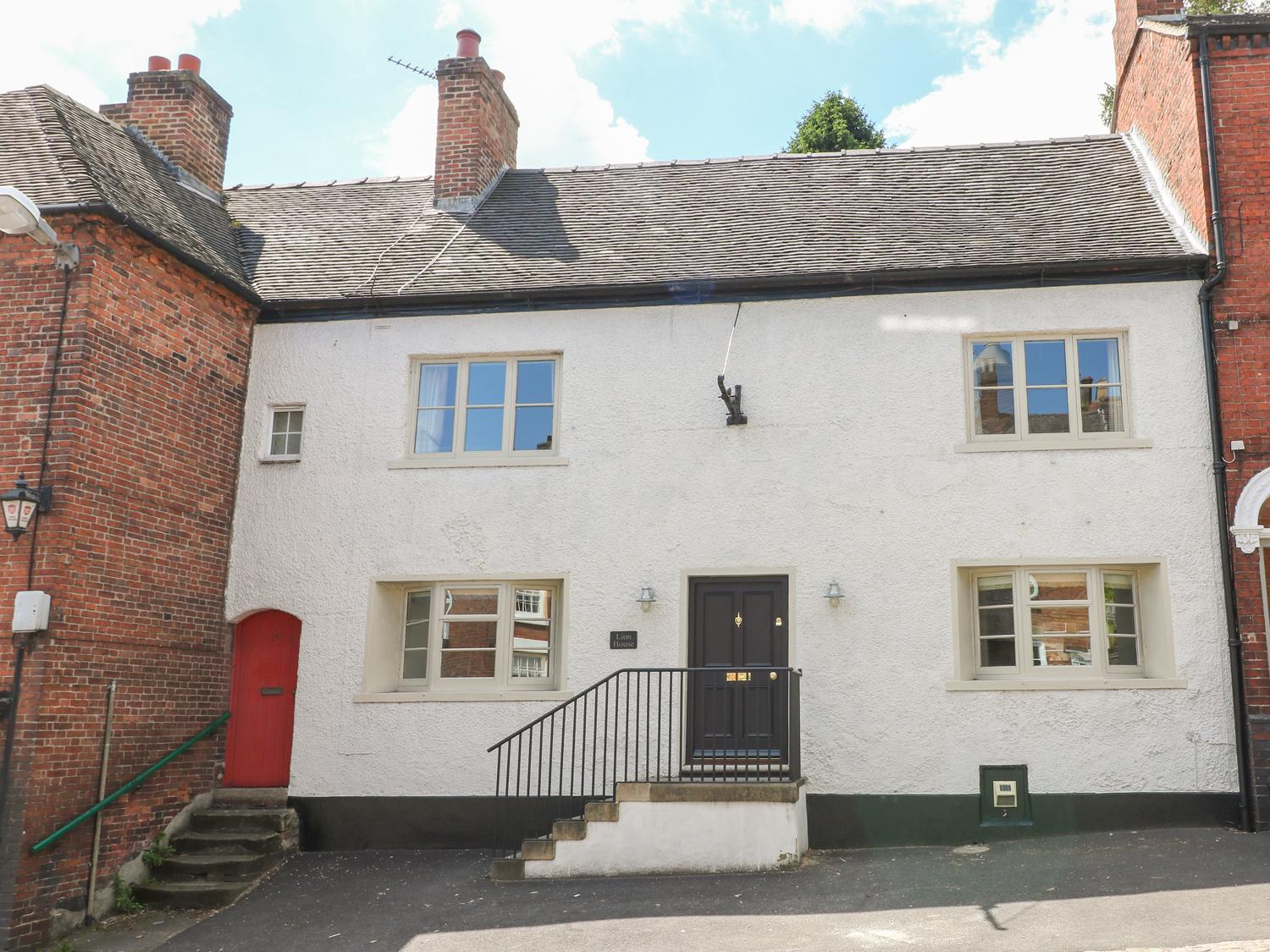 Holiday Cottage Reviews for Lion House - Holiday Cottage in Ashbourne, Derbyshire