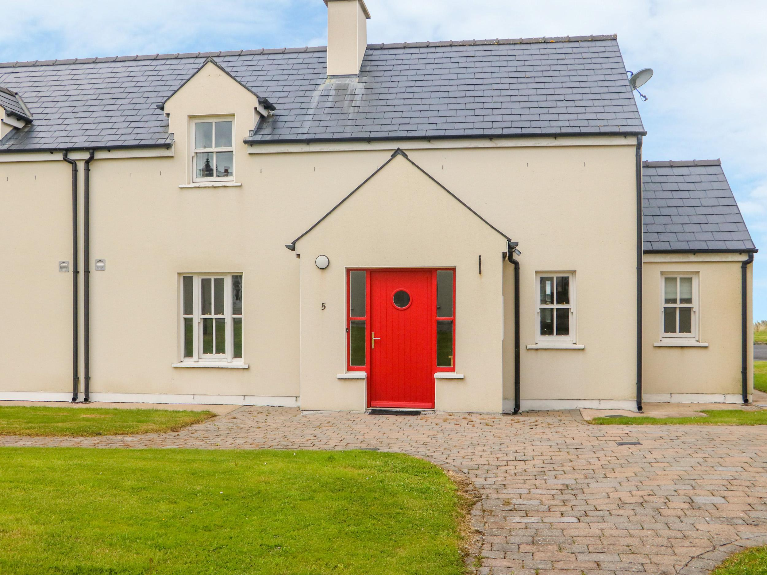 Holiday Cottage Reviews for No. 5 An Seanachai - Holiday Cottage in Dungarvon, Waterford