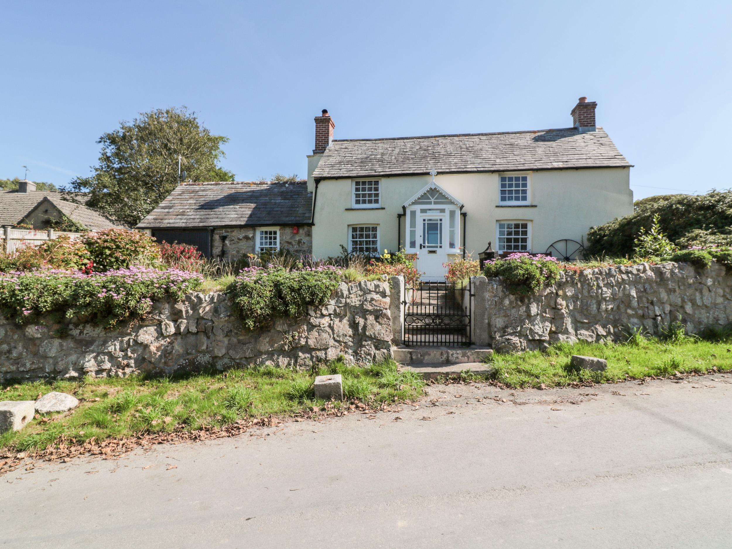 Holiday Cottage Reviews for West View Cottage - Holiday Cottage in Padstow, Cornwall inc Scilly