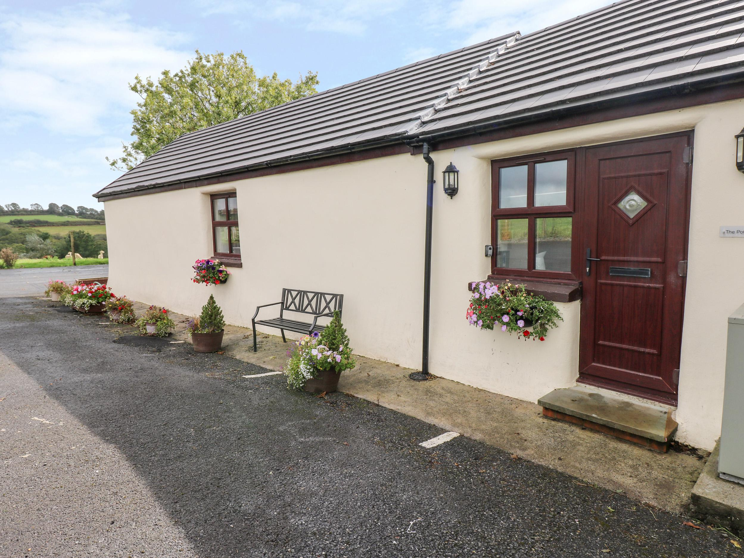 Holiday Cottage Reviews for Potters Barn - Holiday Cottage in Kilgetty, Pembrokeshire