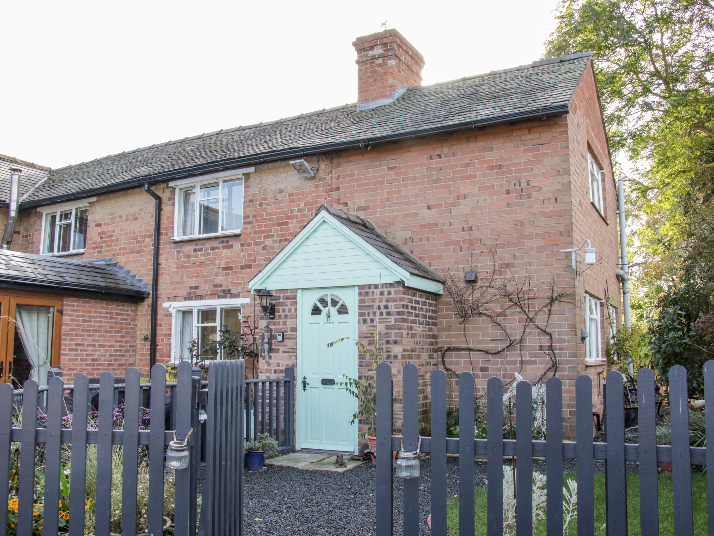 Ensdon Lea Cottage