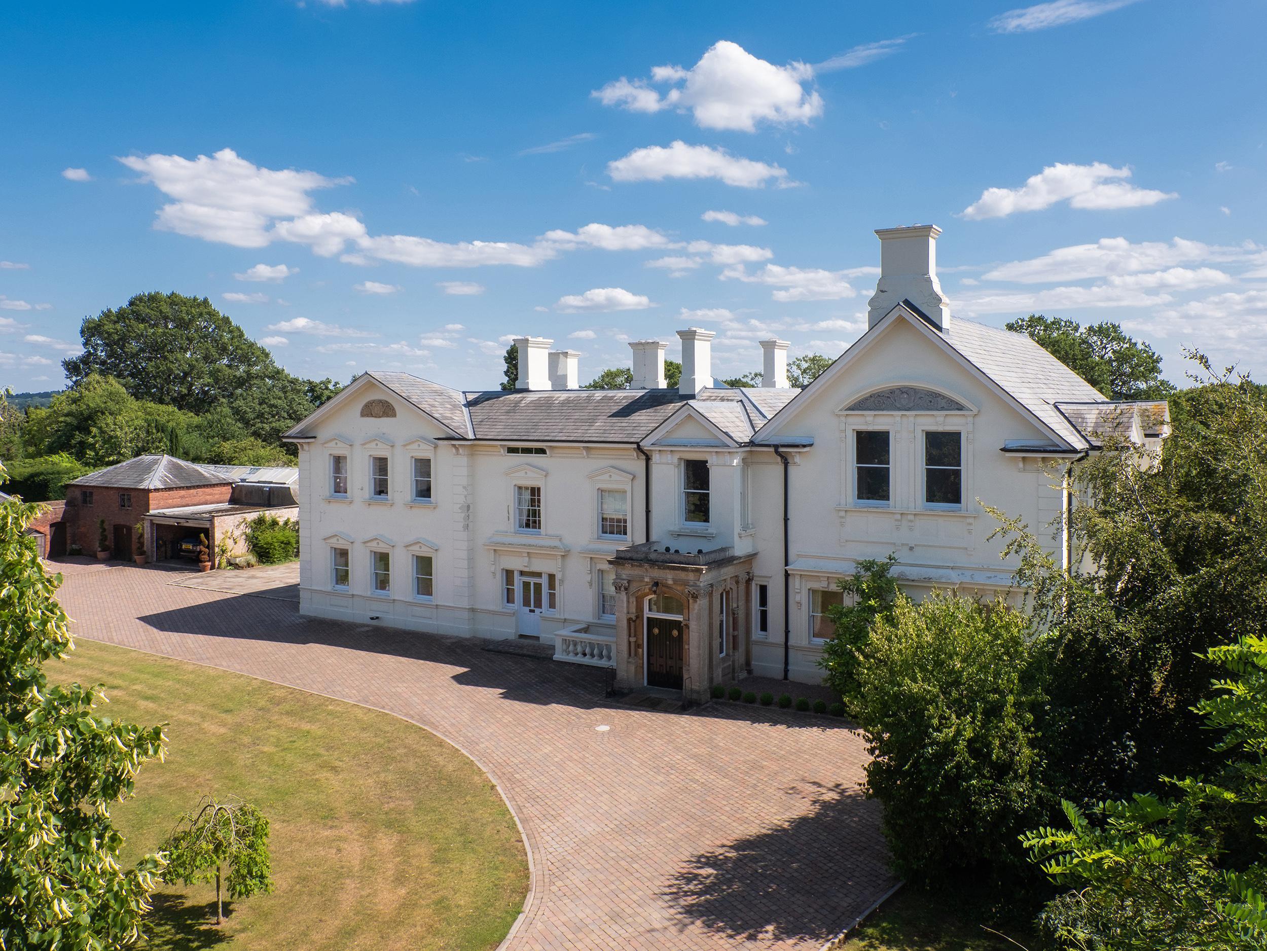 Oakhampton House